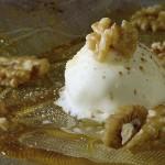 Helado frito de Pera Conferencia del Bierzo con nueces y miel